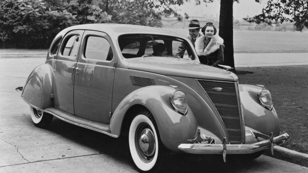 Lincoln Zephyr. 1936-1942