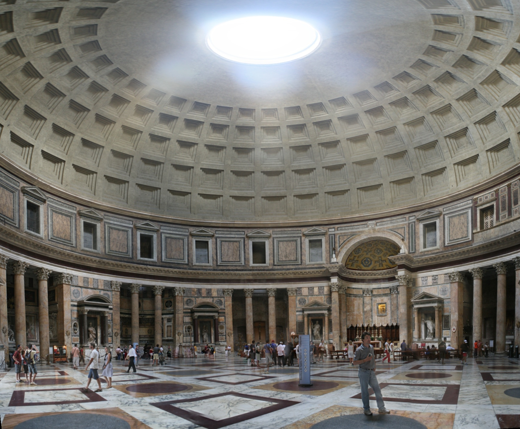 Panteon_inside_Rome_manlogic.ru